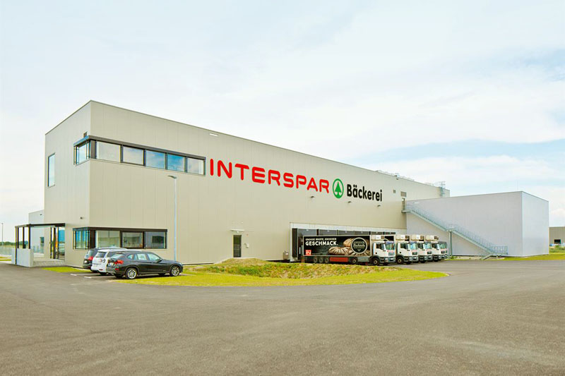 Interspar: eröffnet modernste Handwerksbäckerei Europas