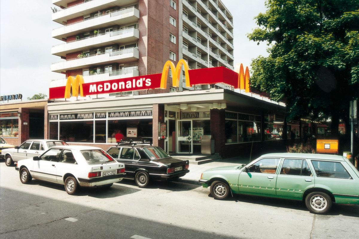 US-Regierung: würdigt McDonalds Deutschland