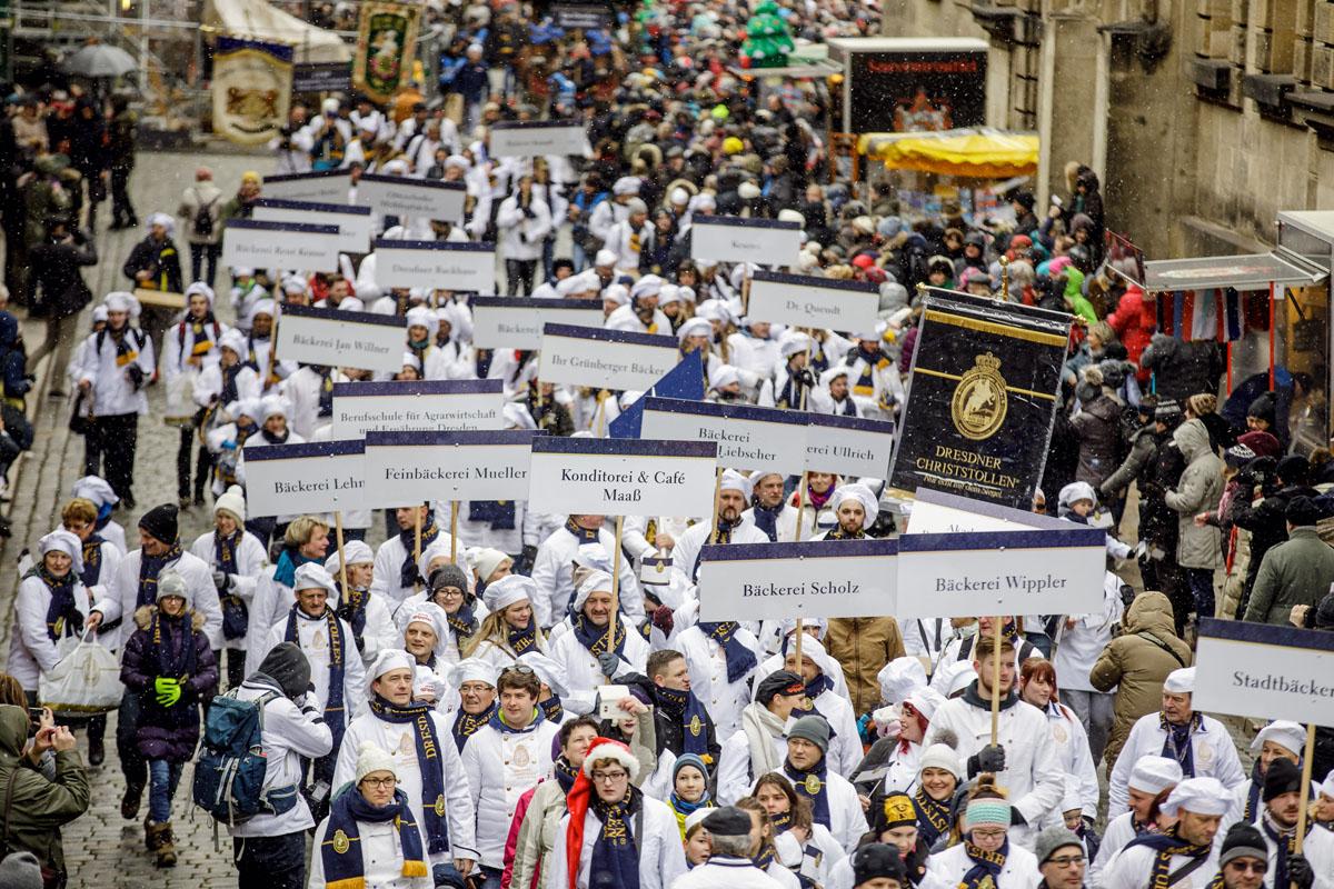 Dresden: 2,9 Tonnen Tradition und vorweihnachtliche Freude