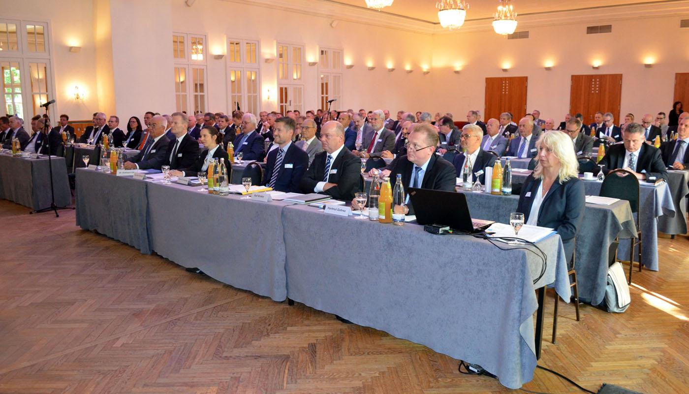 Bäko-Zentrale Nord: Delegierte votieren einstimmig für Fusion