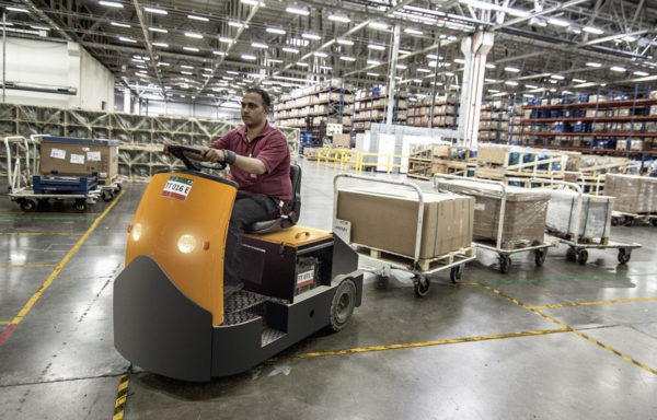 Logistik + Dienstleistungen